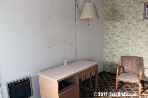 Motel 4